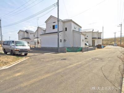 【前面道路含む現地写真】つくば市下河原崎2期6棟 1号棟GRAFARE