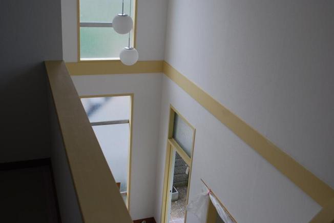 玄関の吹き抜け部分は開放感を演出しれくれます。