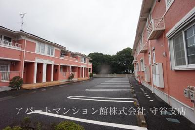 【駐車場】白山ヒルズⅡ弐番館