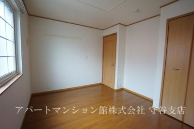 【寝室】白山ヒルズⅡ弐番館