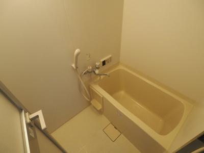 【浴室】グランペールプレージュ