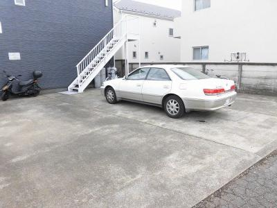 【駐車場】エステートピアたんぽぽ