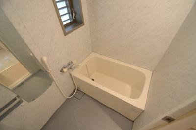 【浴室】Castello di Alice