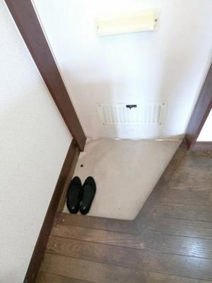 【玄関】サンハイツ大芝