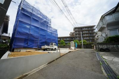 【前面道路含む現地写真】保土ヶ谷区西谷町全2棟 新築戸建【成約】