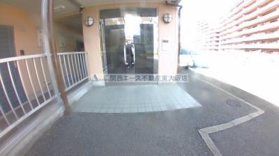 【エントランス】サニーウェル新石切