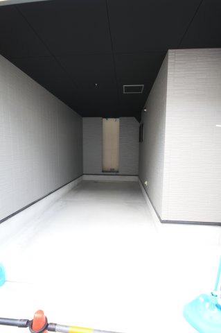 【駐車場】堺市西区鳳東町 新築一戸建て