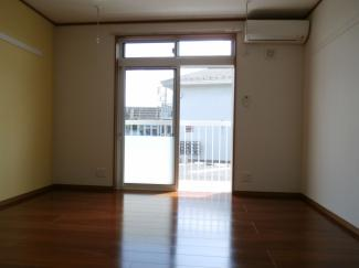 中村ハイツⅡの洋室