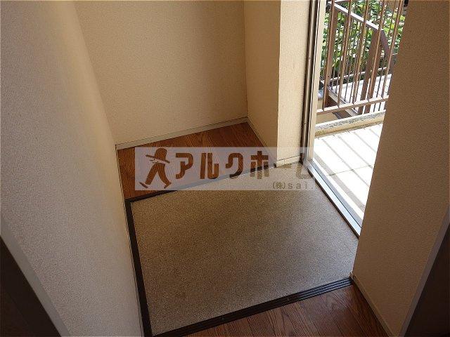 ハイツトシ(柏原市大県) 玄関