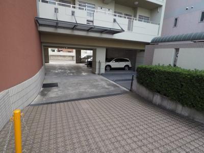 【駐車場】リヴェール御影