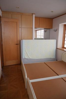 【洋室】小原中古住宅8LDDKK+S+サンルーム