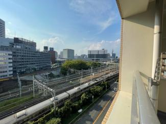【エントランス】グランシャルマン新大阪