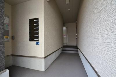 【ロビー】ソレイユ六甲道