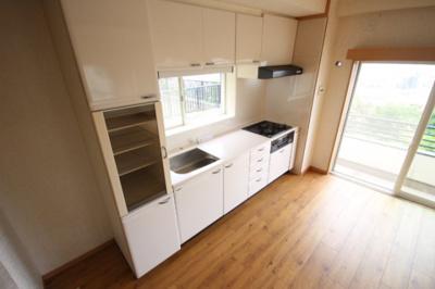 【キッチン】赤松町2丁目貸家
