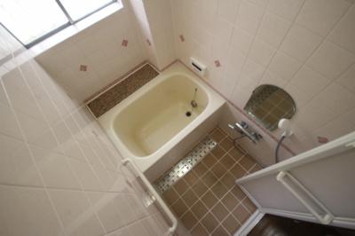 【浴室】赤松町2丁目貸家