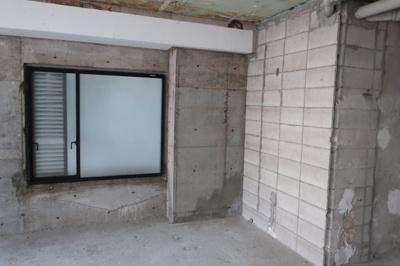 竹下館高松ビル 建物エントランスより2F室内への入口