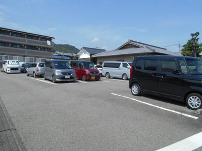 【外観】林駐車場