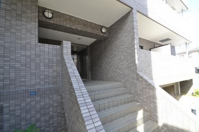 【エントランス】メゾン・ド・ヴィレ・ボヤージュ