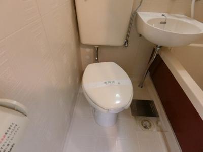 【トイレ】ホワイトシャトレー