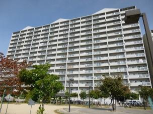 JR阪和線『浅香山』駅まで徒歩1分の近さ!!南向き!陽当たり良好!!
