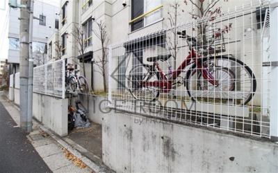 ZESTY駒沢大学Ⅱ 駐輪場