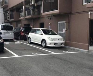 【駐車場】エバーグリーン上本町
