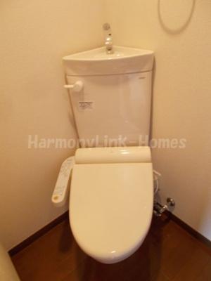 Able Livingのコンパクトで使いやすいトイレです☆