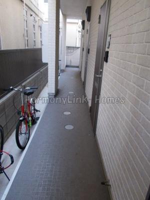 リヴィエール中野の廊下(1階)☆