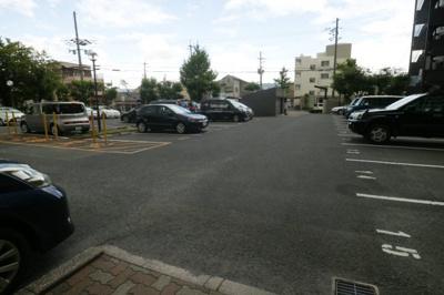 【駐車場】ファミール八尾