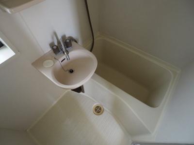 【浴室】シャトルシックス光