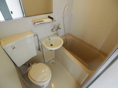 【浴室】ジャルダン岡本