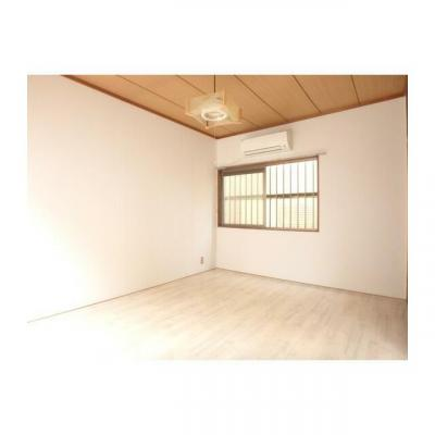 サンルーフ幕張の洋室
