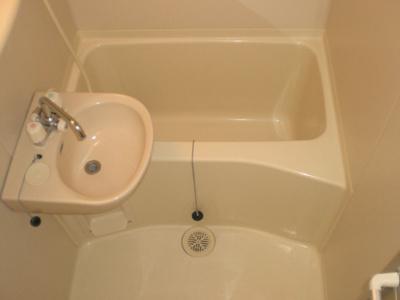 【浴室】入江