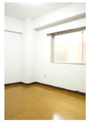 ※写真は301号室の写真です