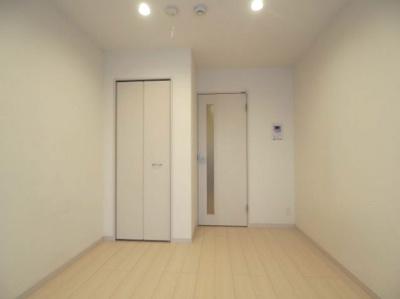 【寝室】リブリ・クレール岡本