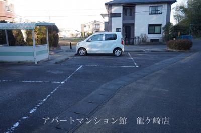 【駐車場】プレジール