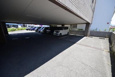 【駐車場】タケモトビル