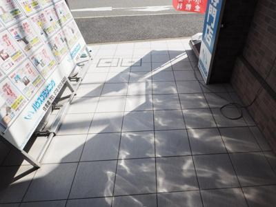 【エントランス】セゾン・ド・源八