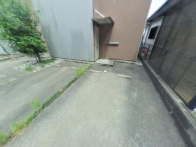 【駐車場】ラ・カーサⅡ