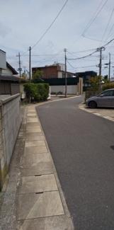 【前面道路含む現地写真】鴨川市横渚売地