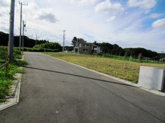 グランファミーロ八千代緑が丘 土地 八千代緑が丘駅 南西側6mの公道に面しています