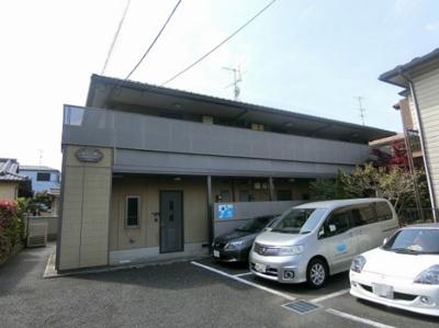 小田急線・南武線「登戸」駅徒歩6分!3駅・2沿線利用可能で便利な立地♪設備・収納・セキュリティの充実した2階建てアパートです♪