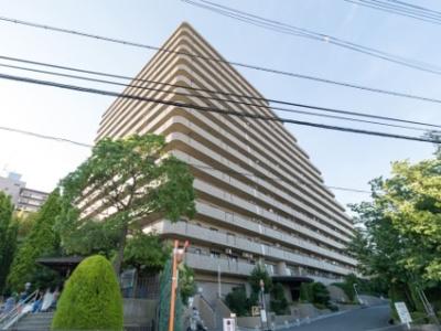 【現地写真】 鉄骨鉄筋コンクリート造♪16階建マンション♪ 総戸数241戸の大型分譲マンション♪