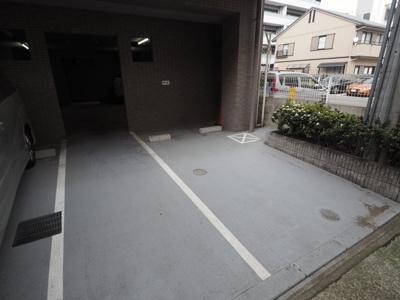 【駐車場】ソレアード岡本南