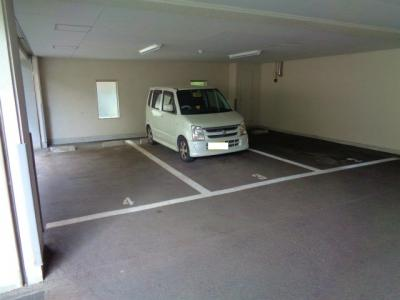 【駐車場】ヴィラ長居公園