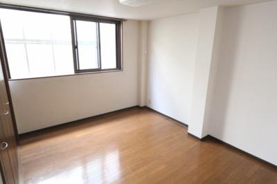 【玄関】ベェルビュウ寿3番館