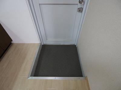 【玄関】タマキビル