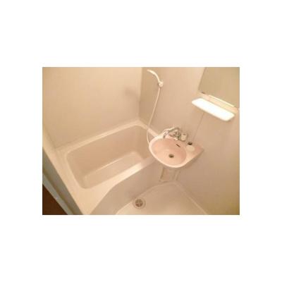 ネオ・リビエールIの風呂