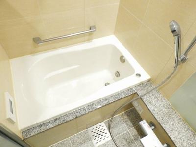 【浴室】ガリレイ新町(北棟)