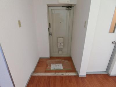 【玄関】熊野町ハイツ